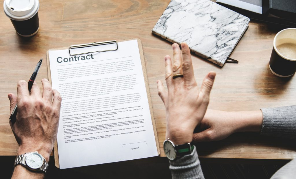 En Employee Agreement services